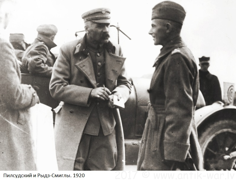 Pilsudski_and_Rydz-Smigly.jpg